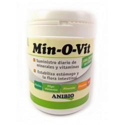 Anibio Min-O-Vit: Tierra arcillosa y vitaminas